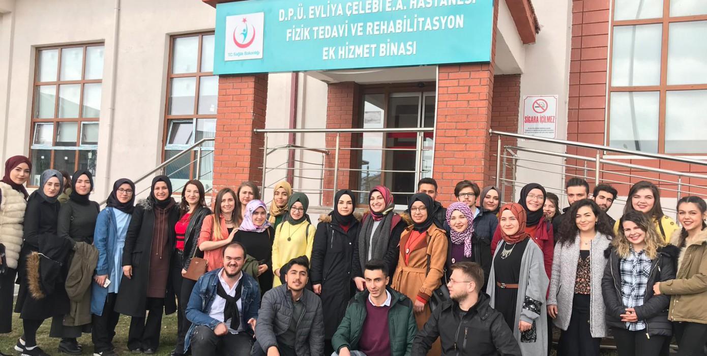 Meslek Yüksekokulumuz Öğrencilerinden Kütahya Fizik Tedavi Hastanesine ve Tıp Fakültesine Ziyaret
