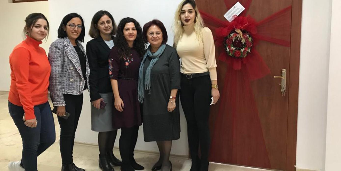 Hemşirelik Bölümü Sosyal Komitesi, Hemşirelik Bölüm Başkanı Prof. Dr. Gönül Özgür ve Fakülte Dekan Yardımcısı Dr. Öğr. Üyesi Betül Yavuz Fakültemiz Öğretim Üyesi Doçent Dr. Fatma Başar'ın Yeni Ünvanını Kutladı.