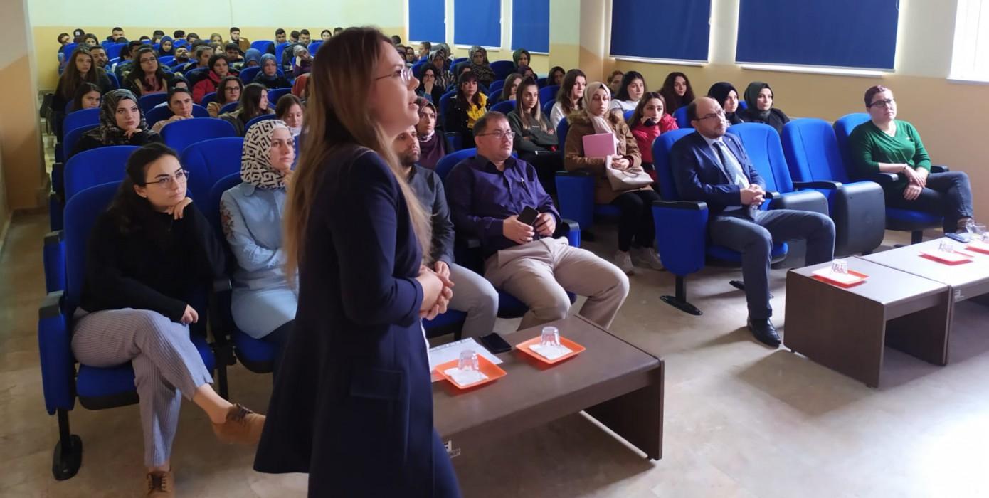 Meslek Yüksekokulumuzda Madde Bağımlılığı ile Mücadele Konferansı Verildi